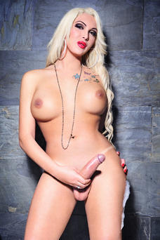 Bianca Paris, Travesti en Madrid