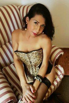 Flavia Martinelli , Shemale in alt-otra ciudad