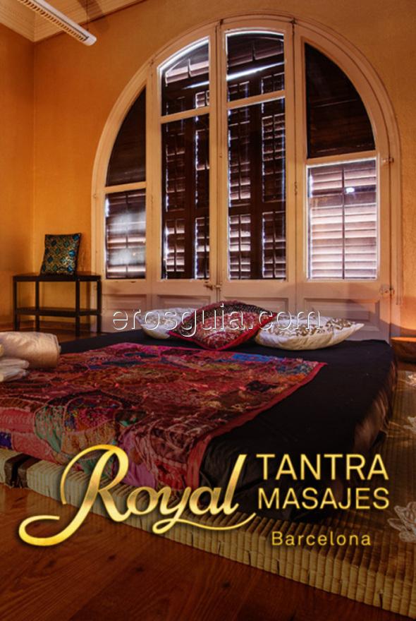 En nuestro elegante centro de masajes podrá escoger entre una amplia gama...
