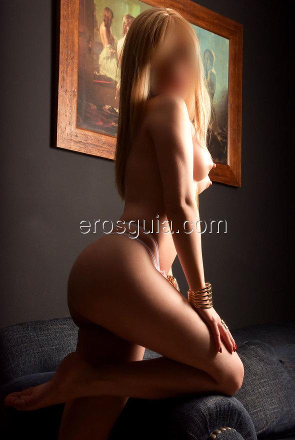 Ven a visitarme y escoge cual de mis masajes quieres: masaje para parejas,...