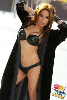 Samantha Ferro, Travesti en Barcelona