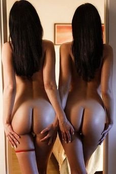 Gemelas, Escort a Madrid